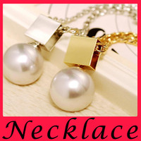 bead story beads - 2016 new summer sexy Pearl Fatima hand story chain necklace fashion jewelry bead and long necklace of women alloy Free delivery