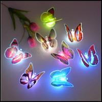 Noche de mariposa Baratos-Noche cambiante colorido de la mariposa LED de luz de la lámpara del partido del hogar habitación Información turística decoración de la pared LLWA199