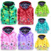 Wholesale Girls Flower Raincoat Hooded Poncho Floral Rain Coat Waterproof Outwear Fashion Raincoat Windproof Winter Coat Flower Raincoat Jacket