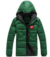 Wholesale Hot Sales Men s hooded down jacket northern outdoors Slim short section of loose facee warm down jacket