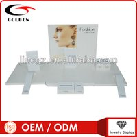 Wholesale white color jewelry display set for necklace ring display with logo