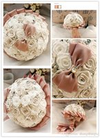 Bouquet beaded roses - Newest Wedding Bouquets Luxury Artificial Roses With Beaded Flowers Cute Bow First Class Quality Brides Bouquets SH140925