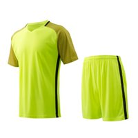 Cheap Neon green Men sports wear Athletic training fitness Jogging Clothing jersey and shorts adult running soccer team sets football kits