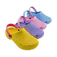 Wholesale Beach Sandals US6 Sizes Men Women Summer Style Clogs Models Hole Mules Shoes Garden Sildes Flat Slippers Shoes