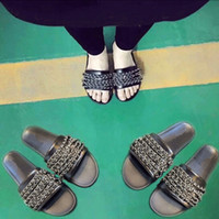 Wholesale High quality luxury brand Women Slippers Indoor Sandals Fashion Chain Scuffs Black White Slide sandals women