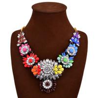 achat en gros de agate multicolore-Floral multicolore strass tendance multicolore fleurs Big Eye-catching dame féminin long collier tendance