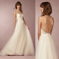 Wholesale New Design Spaghetti Straps Lace Chiffon Beach Wedding Dress Backless BridalGown Vestido De Noiva