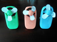 Wholesale 2 AA Battery Mini Handheld Battery Operated Pocket Fan green wholesales Very high cost performance