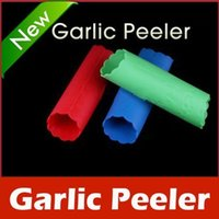 Wholesale 10Pcs New Magic Silicone Garlic Peeler Peel Easy Kitchen Tool Garlic Stripper Machine Random Color