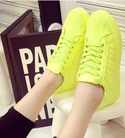 Wholesale Hot shell So hot fashion lovers shoes running shoes everyone s choice Round three bars fashion footwear for men and women