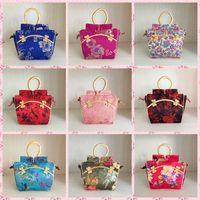 Wholesale Hot Silk Handbag Retro Handbags Floral Chinese Characteristics High Quality Brand New Fashion Vintage Tassel Women Handbag Shoulder Bags Cas