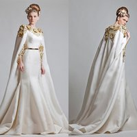 beautiful mantles - Beautiful Mantle Evening Dresses Jewel Neck Long Sleeves Prom Dress Gold Applique On Satin Long Evening Party Dress Vestidos