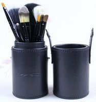 Wholesale Hot Sale Makeup Brush Set Cup Holder Professional Makeup Brushes Set Cosmetic Brushes With Cylinder Cup Holder