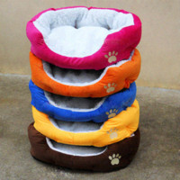 Wholesale Comfortable Winter Warm Pet Nest House Soft Pets Sleeping Beds Footprints Design Style Dog Cat Bed Travel Gift