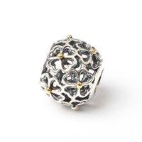 UB585 Nuevos 925 encantos de la plata esterlina 2016 regalo del amante Hollow Flower Heart forma 14k granos de oro para el tornillo Thread Brazaletes Mujeres Joyería