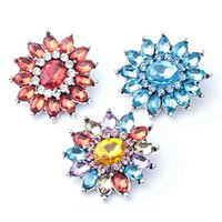 Wholesale 18mm Diamond Buttons High Quality Charm Rhinestone Styles Metal Ginger Snap Button Charm Bracelet For Woman Rivca Jewelry