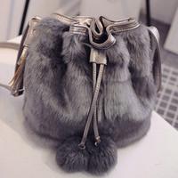 Wholesale High Quality Faux Rabbit Fur Bucket Bag Women Winter Soft Lady Purse Shoulder Bag Casual Fashion Designer Women Bucket Bags