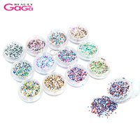 jours brillants achat en gros de-1mm Brillant Multicolor 12pot / set Christmas 'Day Hexagon Flakes Glitter Rhinestones Décorations pour DIY Nail Art Beauty Design