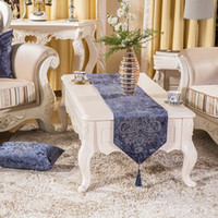 Wholesale 32cmX200cm High Grade Europe Style Luxury Party Decoration Vintage Table Runner Velvet Rhinestone Country Wedding Decoration Table Mat