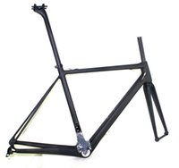 Wholesale Top sale Supper Light C Road bike carbon frame mm seatpost T1000 material BSA OR BB30