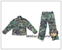 Cheap Wholesale-Airsoft Wargame Tactical Military USMC Woodland Camo Uniform Shirt + Pants Suits Combat Hunting Army BDU Clothing