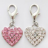 Wholesale sparkling crystal heart pendant for dog collar charms fashion dog cat puppy party gift three color is available