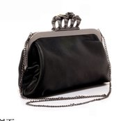 Wholesale New Arrival Ladies Evening Bags Women Shoulder Clutch Bag Dinner Chain Bag Skull Knucklebox Lady Handbags European and American Style