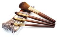 best brush for blush - 4Pcs Makeup Brushes Set wood handle brush eye shadow Brush blush brush lip brush eyebrow brush best makeup tool for beginner