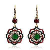 Wholesale 2016New Arrival Vintage Dangle Earrings For Women Classic Flower Shaped Jewelry Bling Rhinestone Ancient Gold Plated Accessories Lady Gift
