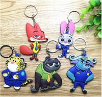 Wholesale Zootopia Key buckle Mini vinyl Keychain Princess Doll hanging buckle strap Lovely rabbit Judy Hopps and Fox Nick Smart