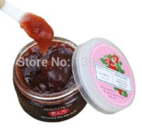 Wholesale Meirenfu Strawberry Exfoliating Body Scrub skin and whitening scrub body care g scrubs boots care aging