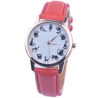 Precio de Gifts-Pequeño reloj del gato con las mujeres de la manera del color del caramelo de las mujeres de la correa de cuero del dial del dial del oro para los regalos de los relojes de los estudiantes para la novia