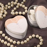 Cheap 2pcs=1set 200pcs Dressed To The Nines Heart Shaped Bride Or Groom Mint Tins Tin Candy Box Boxes Wedding Gift Favors Free Shipping