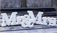 Wholesale Lovely Mr Mrs Signs Letters for Sweetheart Table Decor Letters Wedding Sign Wedding Decorations Wedding Supplies