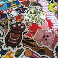 Wholesale 100pcs Mix Decal Car Styling Sticker Skateboard Laptop Luggage Snowboard Fridge Phone DIY Vinyl Decal Motorcycle Auto Film Cover