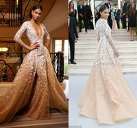 Wholesale Long Sleeves Zuhair Murad Evening Dresses Sexy Deep V Neck Appliques Tulle Champagne Tan Red Carpet Celebrity Dresses Formal Gowns