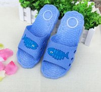 plastic slippers - Home couple cool slippers with non slip bath home bath cartoon men and women massage plastic slippers