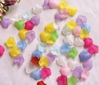 Wholesale 1700pcs Beautiful Frosted Acrylic Flower Petal Beads Bead With Hole For Hair Peice Tiaras Jewelry Scrapbooking Craft DIY