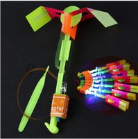 Wholesale Novely Amazing LED Light Arrow Rocket Helicopter Rotating Flying Toy Party Fun Gift LED outdoor sport kids Flying Arrow Helicopter