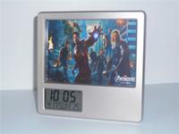 achat en gros de cadre photo numérique calendrier-New Avengers Hulk Thor Captain America Réveil numérique créatif Horloge bureautique multifonctions Horloge Calendrier Porte-stylo Cadre photo Horloge