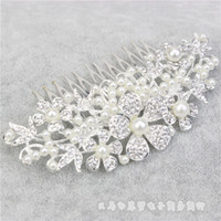 Wholesale 2016 Charming Crystal Bridal Tiaras New Fashion Wedding Hair Pieces Pearl Headpieces Cheap In Stock Bridal Accessories Hair Combs HY1586