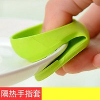 Wholesale 1000 piece Microwave Oven Mitts Kitchen Convenient Insulated Glove Finger Protect Wise Cook Tool