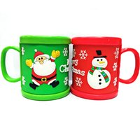 Wholesale Personalized Designs Plastic Cold Drink Mugs Cup PVC Embossed Christmas Water Tumbler Cups With Lids Drinkware