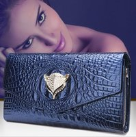 Wholesale Factory direct classic leather handbag crocodile leather ladies handbags personality luxury fashion high quality hand bag for dinner