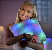 Wholesale Cute Colorful Illuminated Star Shaped heart shaped LED Cushion Throw Pillow Novelty Gifts gifts packing