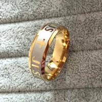 achat en gros de or mélange anneaux de conception de bijoux-Nouvelle conception de plaquage de mode 18K Gold Cross Ring Statement bijoux Banquet Party Accessoires Vente en gros