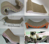 Wholesale ECO friendly Pet Toy Scratcher Lounge Corrugated Cat Scratcher Lovely Cat Shape Cat Scratcher