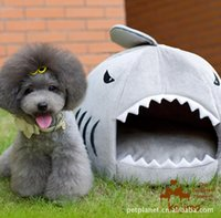 Wholesale Shark Mouth Pets Dogs Cats House Removable and Washable Pets Supplies for small size Dogs beds