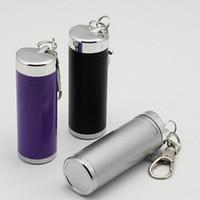 Wholesale Fashion Mini Portable Zinc Alloy Metal Ashtray and Keychain Metal Decoration Smoking Set Craft Accessories Embellishment