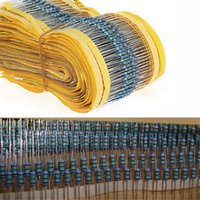 Venta al por mayor-Práctico completado 1 / 4W 1% Resistencia Metal Film Kit 30 valores Surtido Componentes Pasivos 300 PC